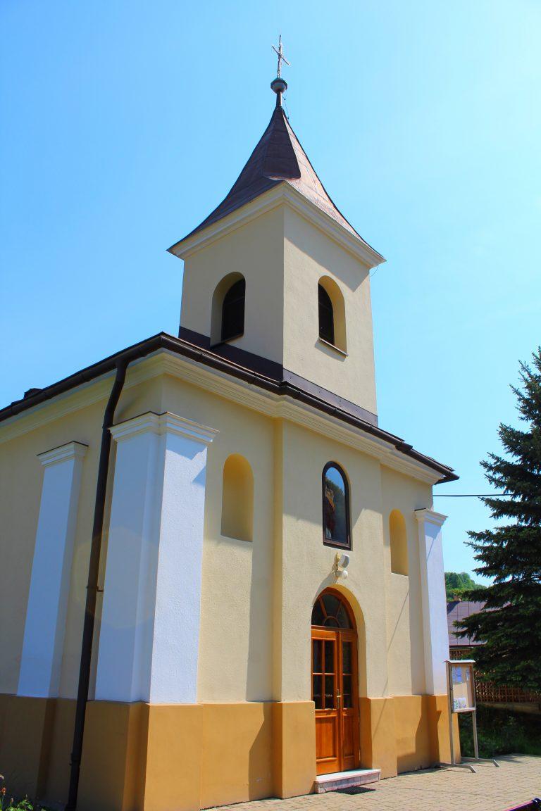 Oznámenie o konaní svätých omší v Povine